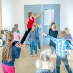 taaldans met Miranda Molhoek, studio de mol, in gymzaal met kinderen
